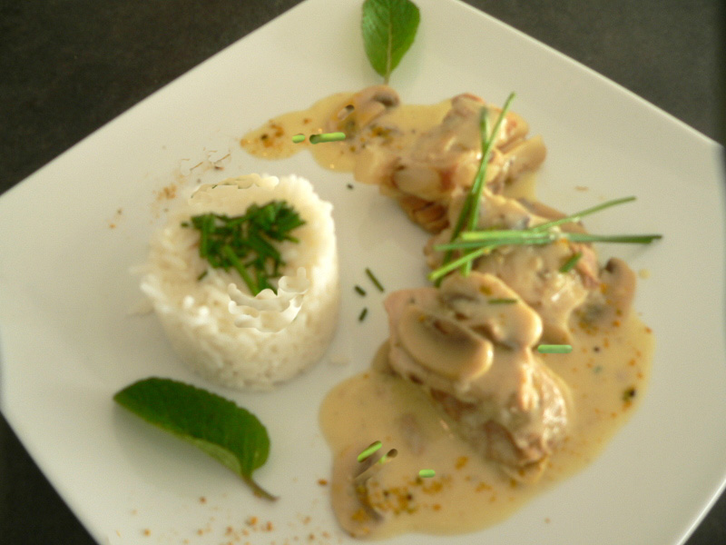 blanquette de veau aux champignons de paris magg kitchenette. Black Bedroom Furniture Sets. Home Design Ideas
